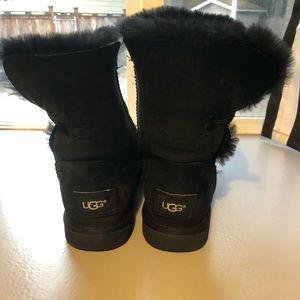 Black fur lined Uggs